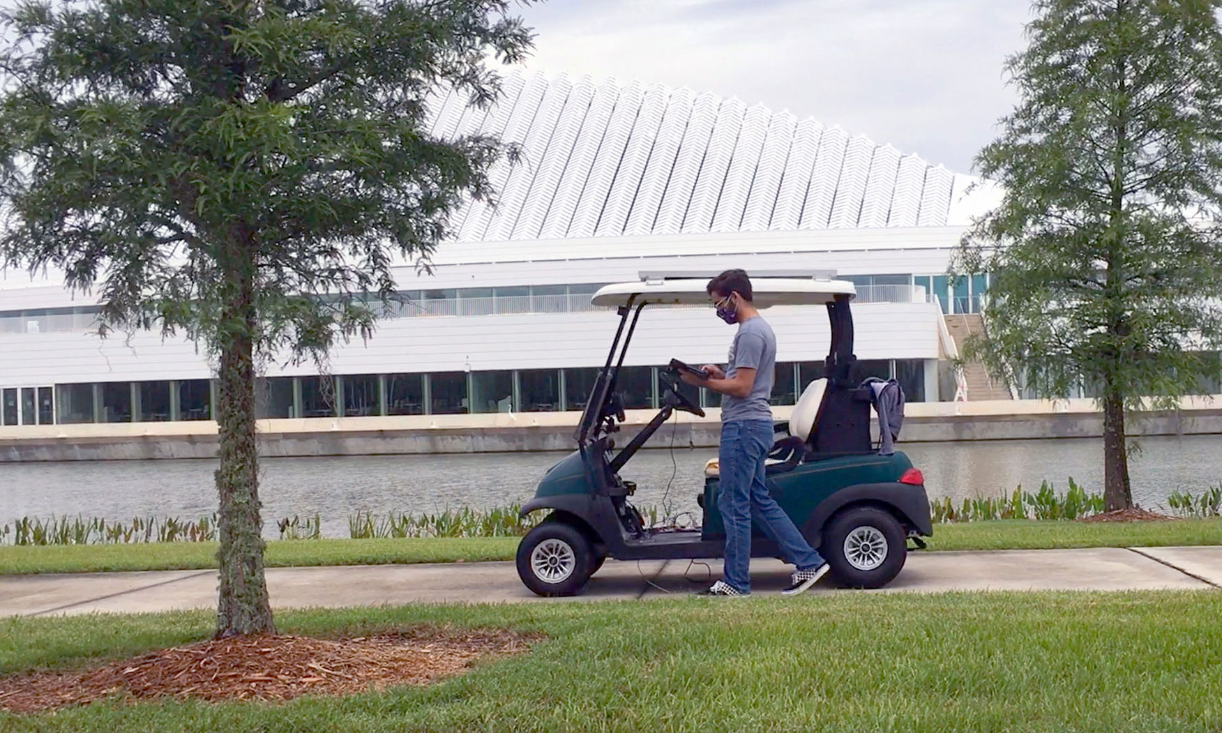 Autonomous golf cart gets rolling at Florida Poly